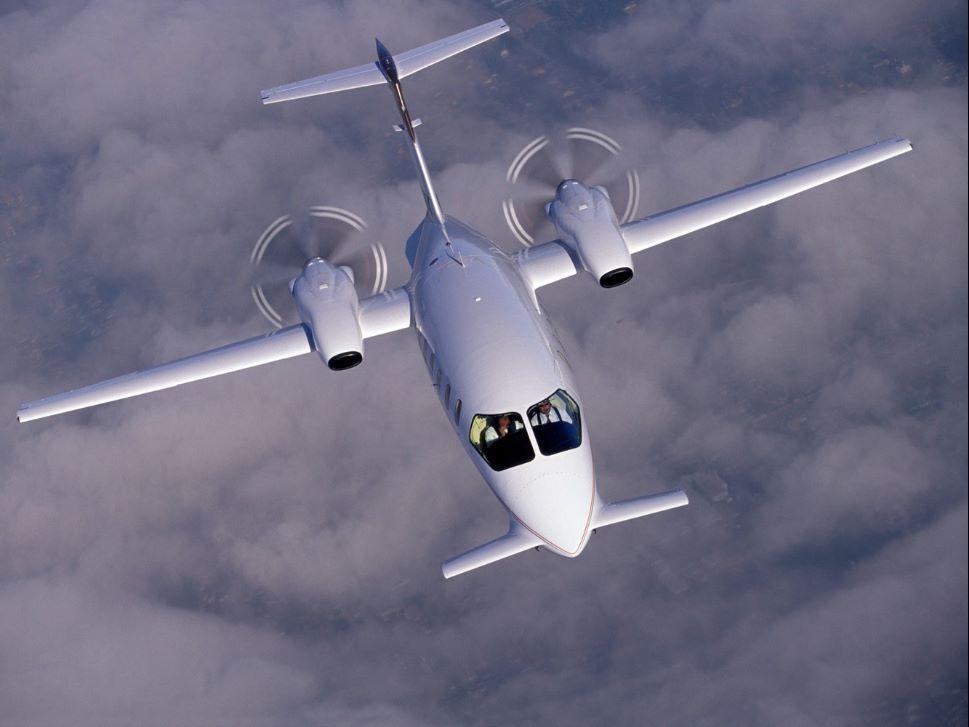 Piaggio P.180 Turboprop in Flight