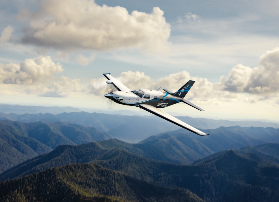 Piper M600 SLS air-to-air photo