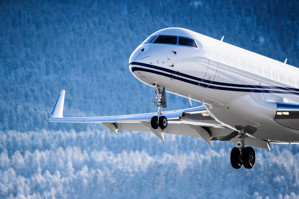 Private Jet Comes in to Land