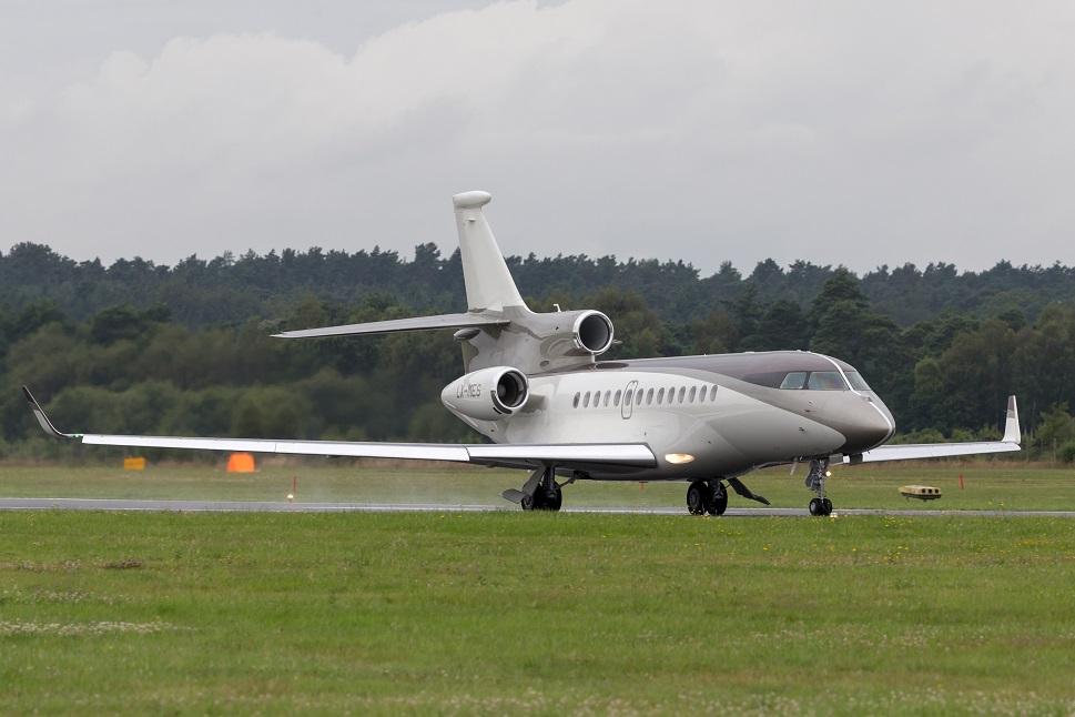 Dassault Falcon 7X private jet powered by three PW300 engines