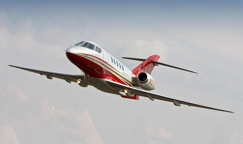 SyberJet SJ30i soars through clear skies