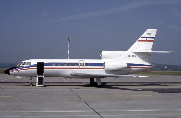 Dassault Falcon 50 stationary