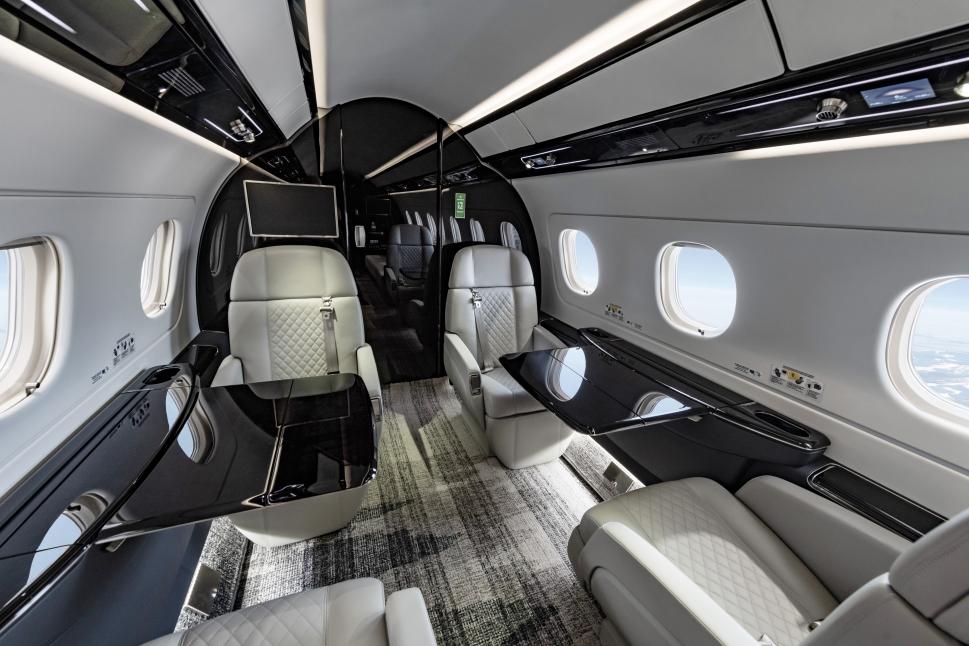 Embraer Legacy 500 refurbished cabin forward section