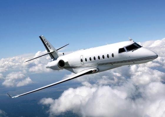 Gulfstream G200 in the air