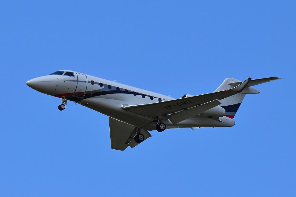 Dassault Falcon private jet comes in to land