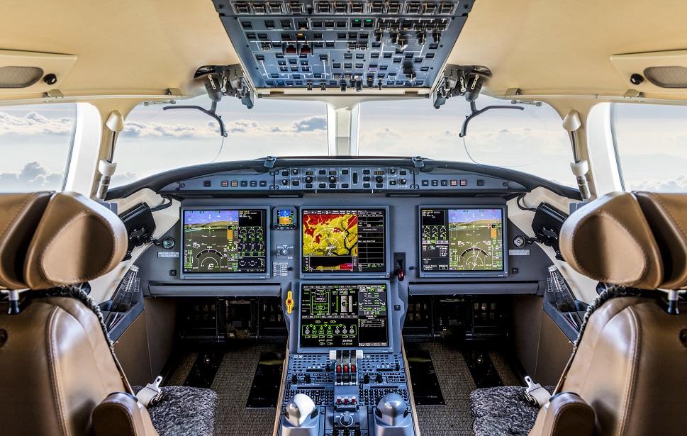 A modern flight deck aboard a business jet